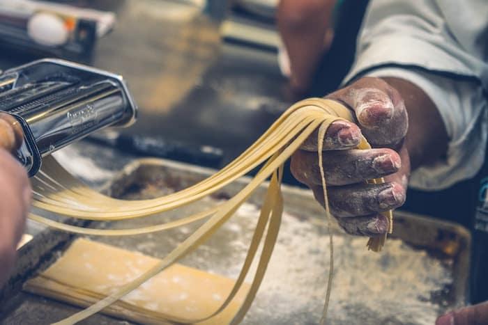 electronic noodle machine